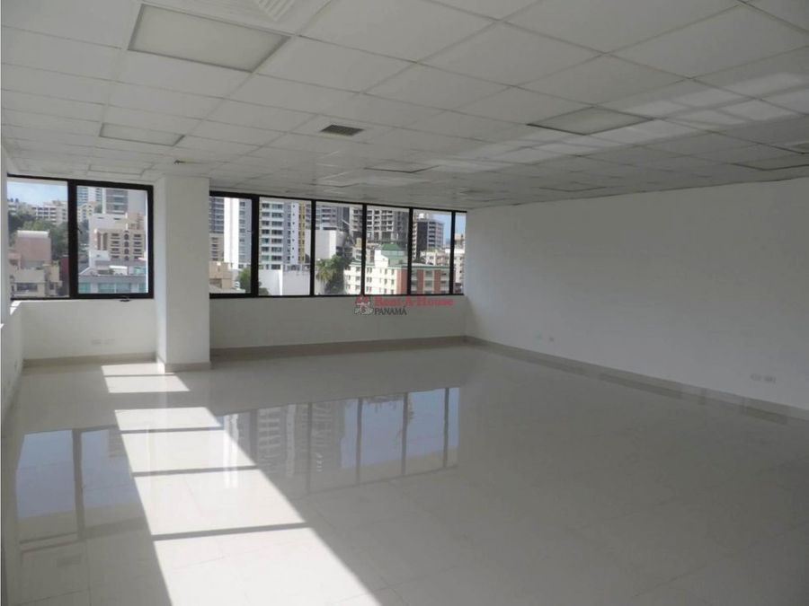 oficina en alquiler en via espana panama