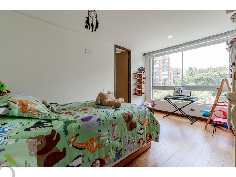 apartamento moderno loma de los balsos en el poblado