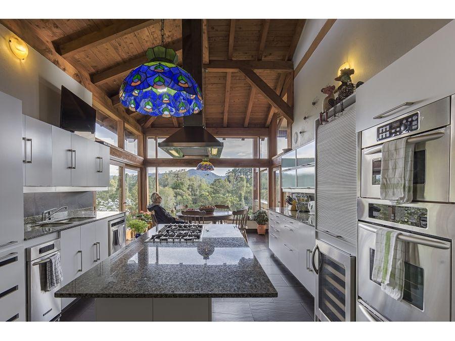 casa para la venta en el alto de las palmas