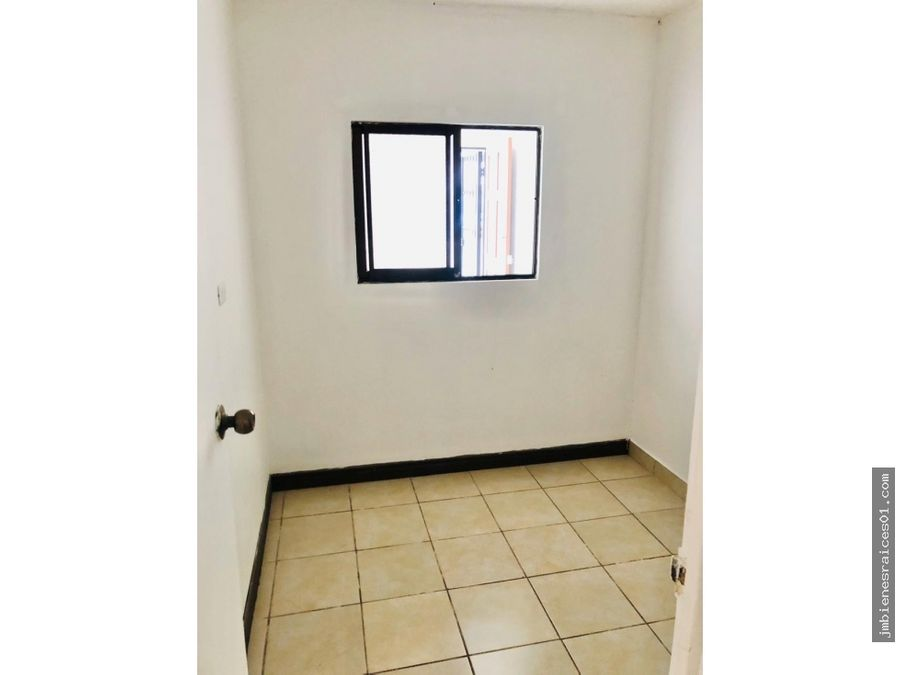 v119 vendo casa en condominio en jaco muy cerca del centro
