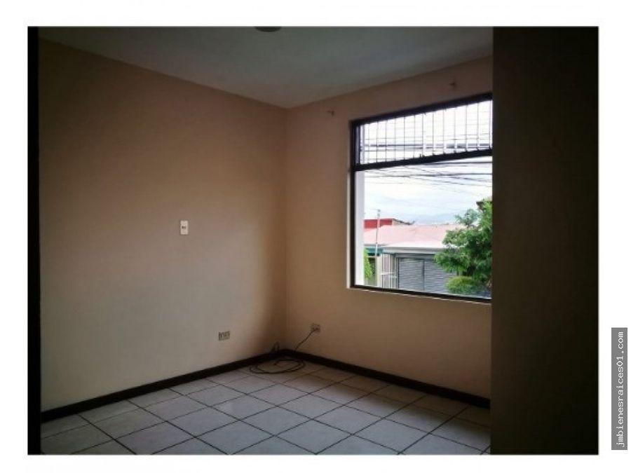 a068 alquilo apartamento en san antonio belen