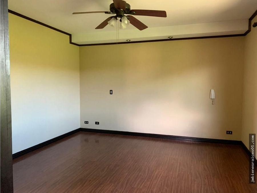 a107 viva en un tranquilo y comodo condominio en belen