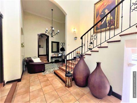 a134 preciosa casa en residencial manantiales la asuncion belen