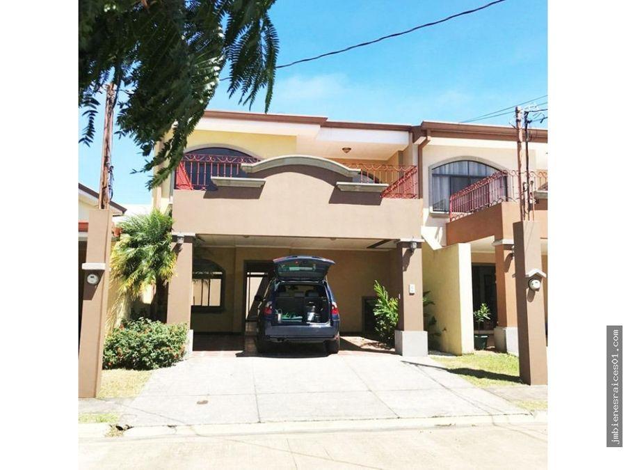 pc021 se alquila casa en alajuela a 3 minutos del centro