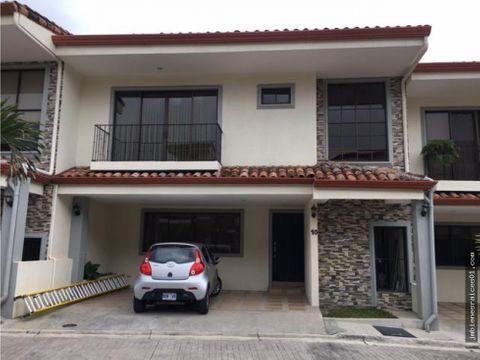 pc018 preciosa casa en condominio privado