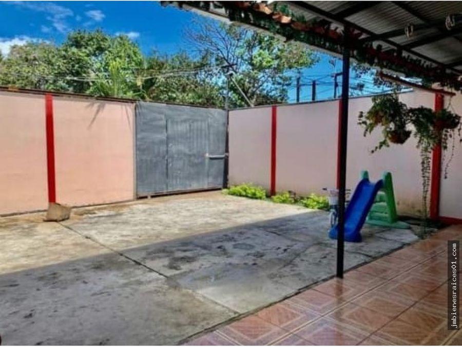 v111 casa muy bien ubicada en barrio escobal san antonio belen