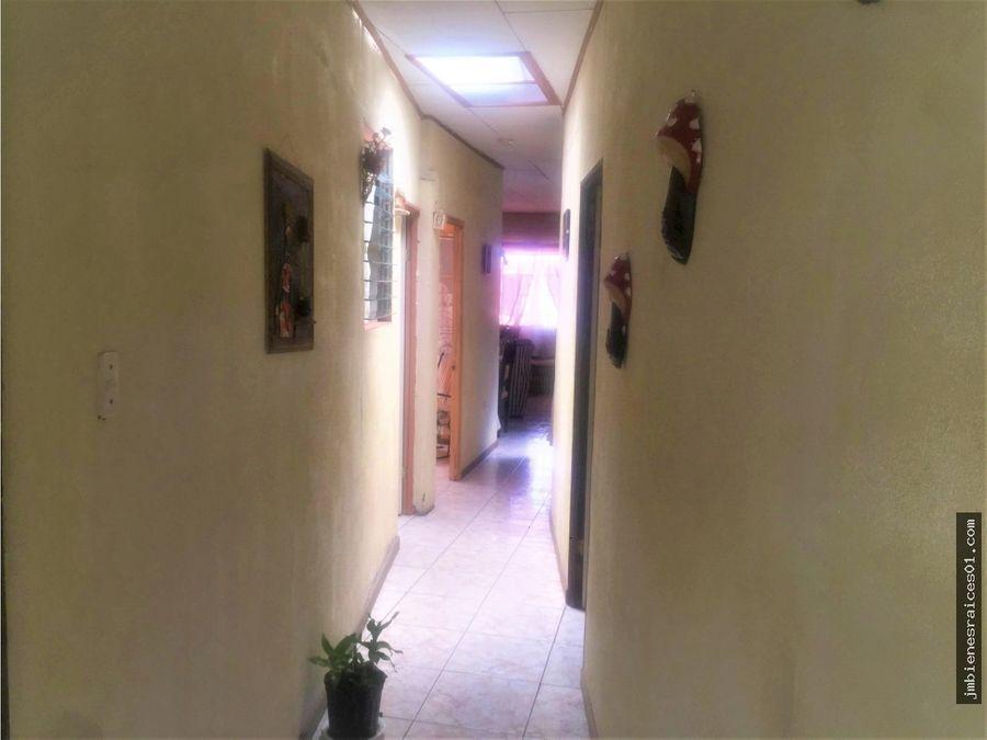 v132 casa en residencial san antonio de belen