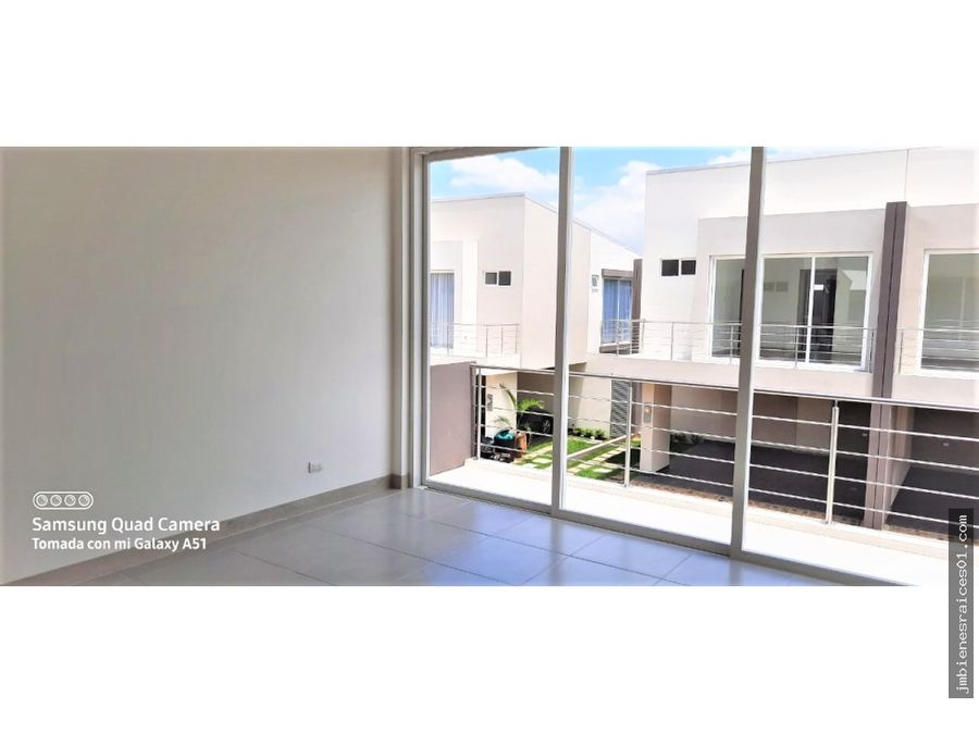 pc032 alquilo moderna casa en condominio la arboleda la ribera belen