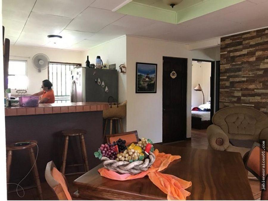 venta 2 lindas casas de pueblo en 600 m2 de terreno cerca de tamarindo