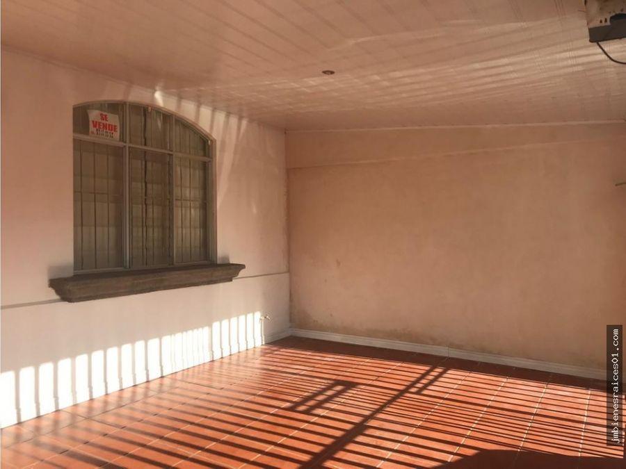 v080 vendo casa en la guacima arriba de alajuela