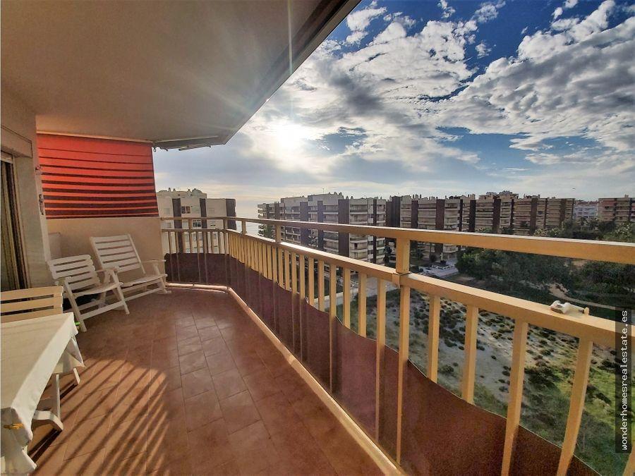ref 201207 amplio piso en segunda linea de playa en fuengirola