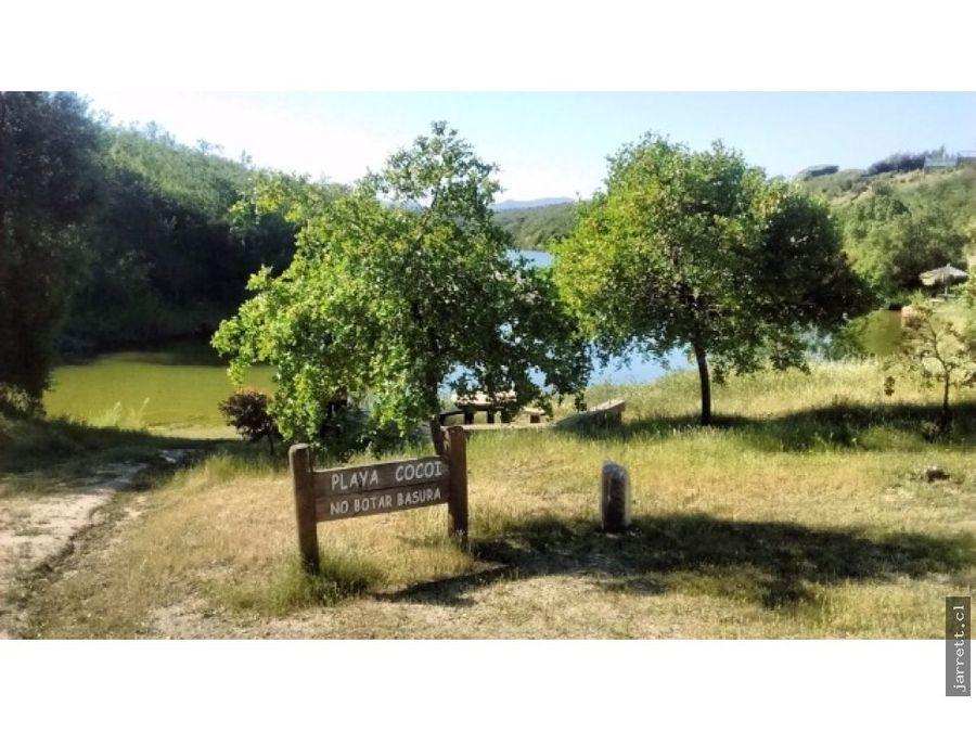 se vende parcela en peninsula del lago