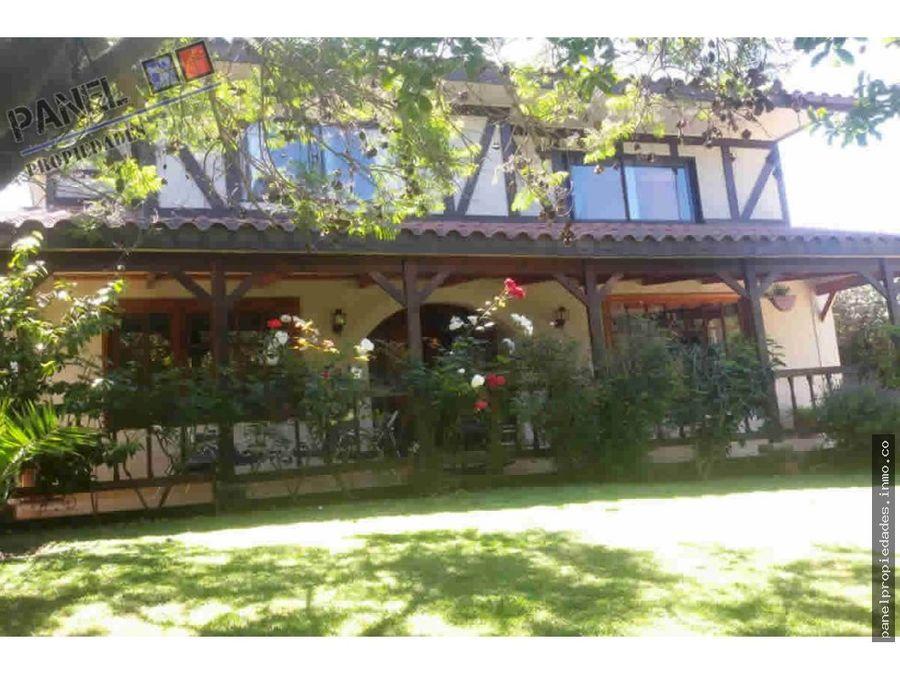 venta comoda casa jardin del mar renaca vc370