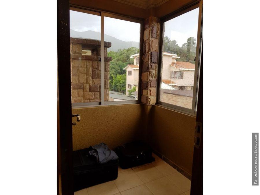 lindo chalet colonial de 3 niveles alto mirador cochabamba