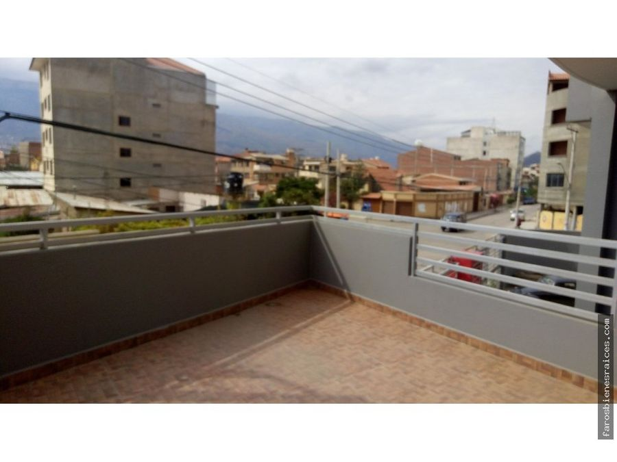 local anticretico 450m2 cochabamba