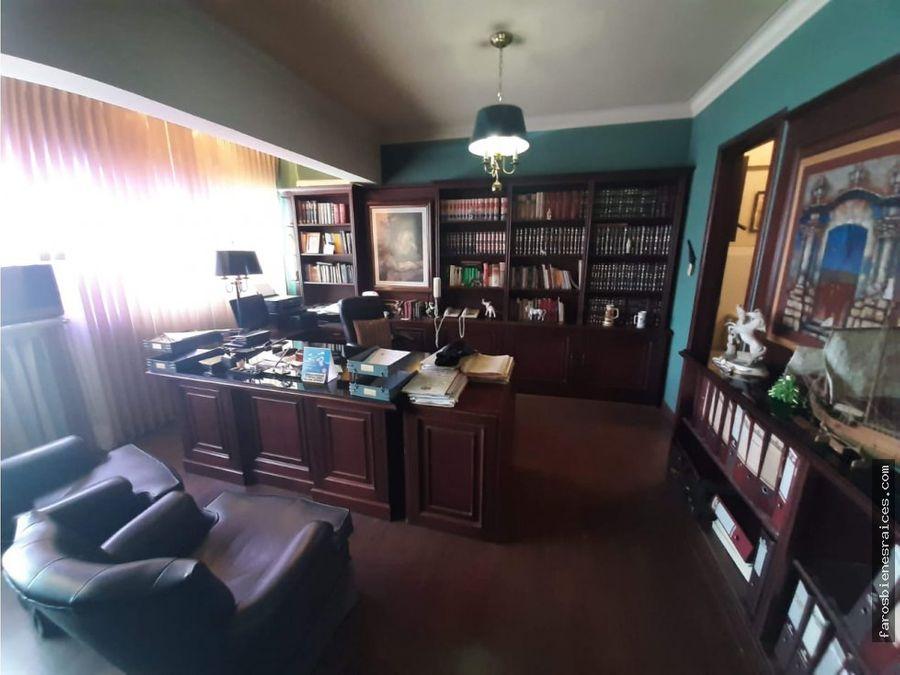 impresionante oficina amoblada