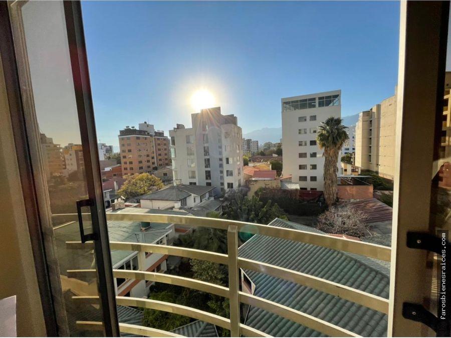soleado departamento en el centro de la ciudad de cochabamba
