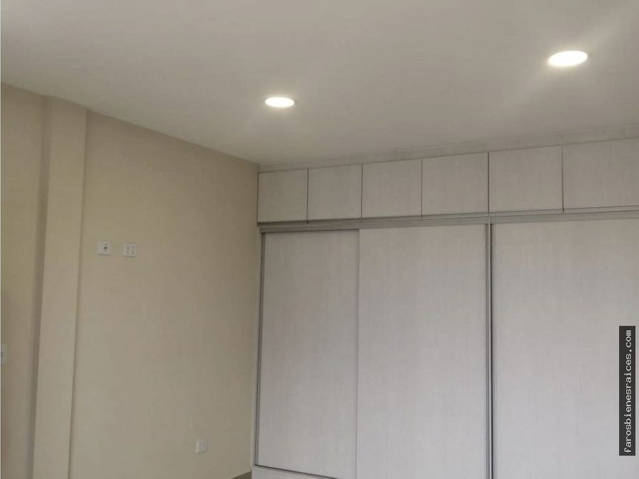 casa minimalista lista para ocuparla prox av ustariz km 4 cbba