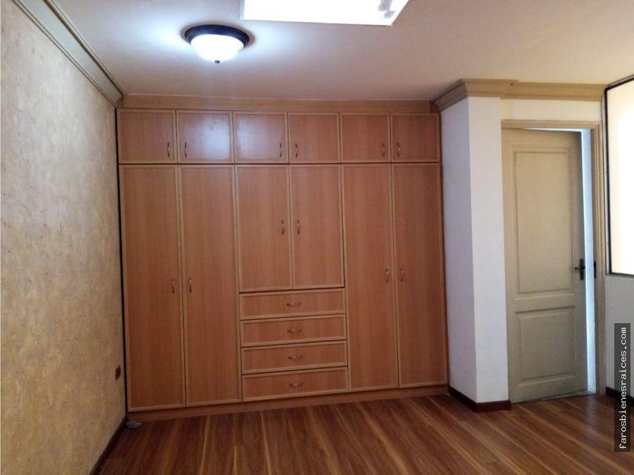 casa 5 dormitorios en condominio us 225000 oeste cochabamba