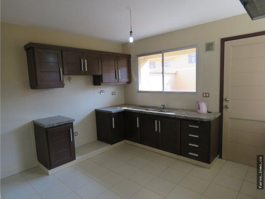 us 86800 casa en condominio vinto cochabamba