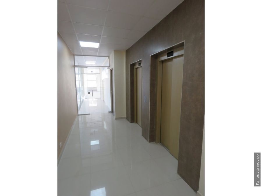 13205 m2 oficina moderna adelante