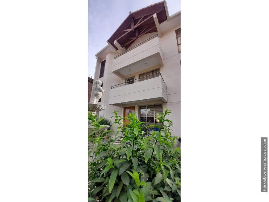 casa amoblada de 3 plantas en anticretico