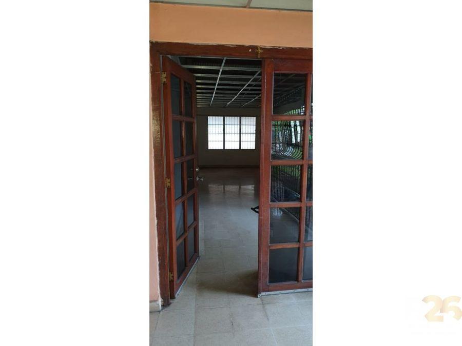 juan diaz se vende 135000 negociable 3r 2b 2p