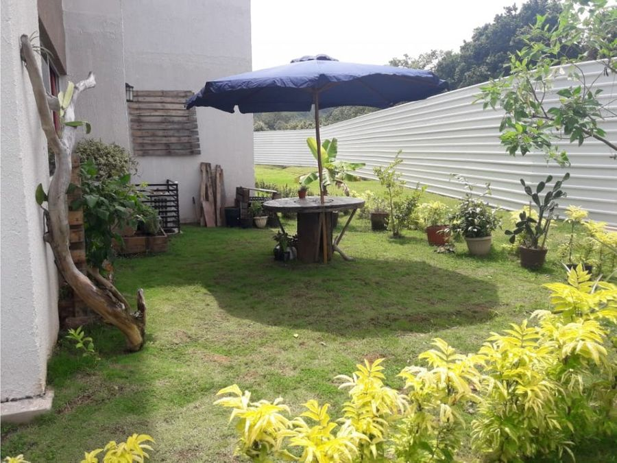 hermoso apartamento 3 recamaras con patio