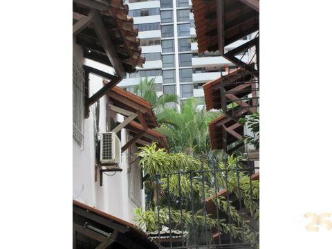 calle 50 se vende duplex 145 mts2