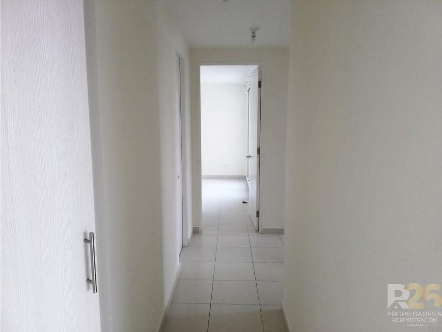 apartamento amoblado en torre versalles