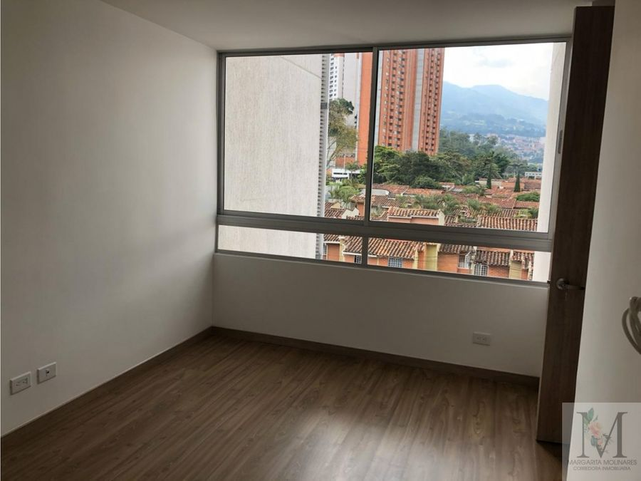 venta apartamento en sabaneta central zona plana excelente ubicacion