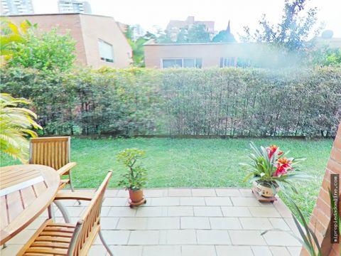 venta casa con amplia zona verde en loma de benedictinos envigado