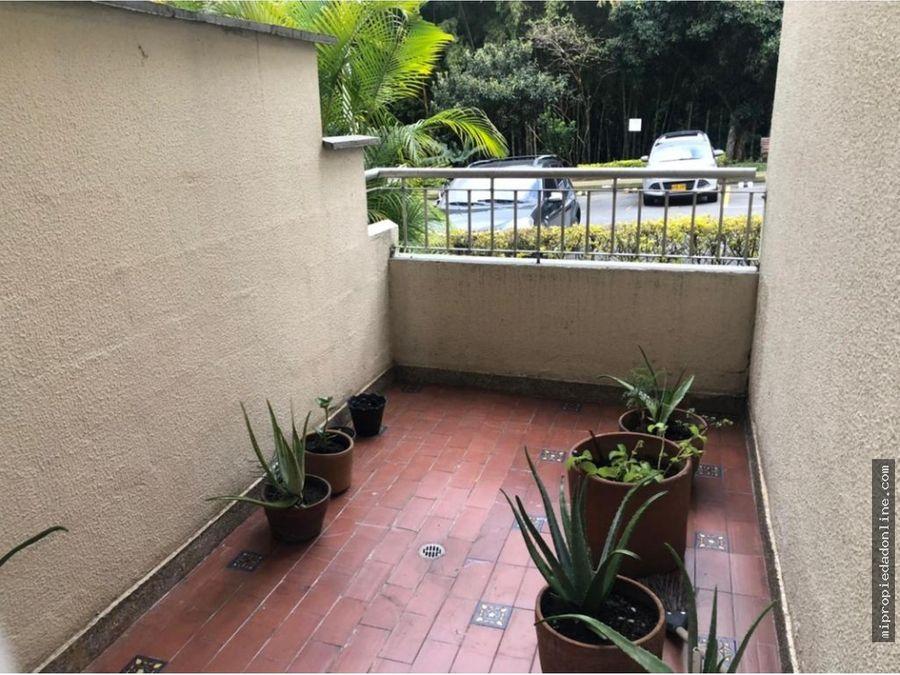 venta apartamento primer piso suramerica dos balcones rodeado verde