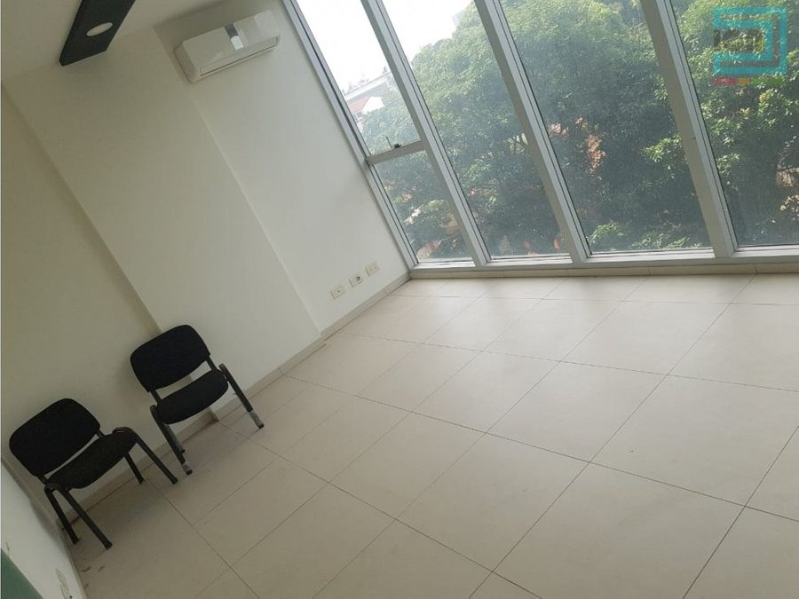 top center oficina en venta