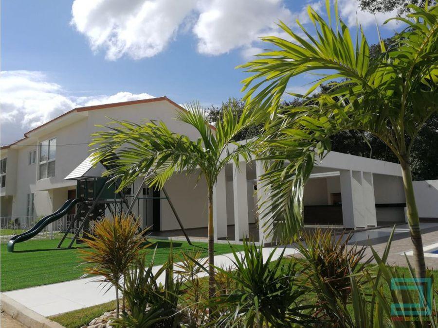 en venta zona norte km 8 12 hermosa casa