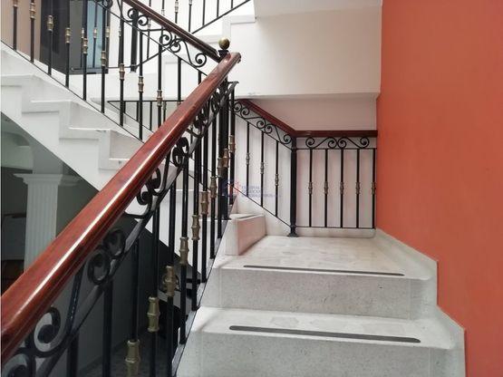 vendo casa comercial en cabecera
