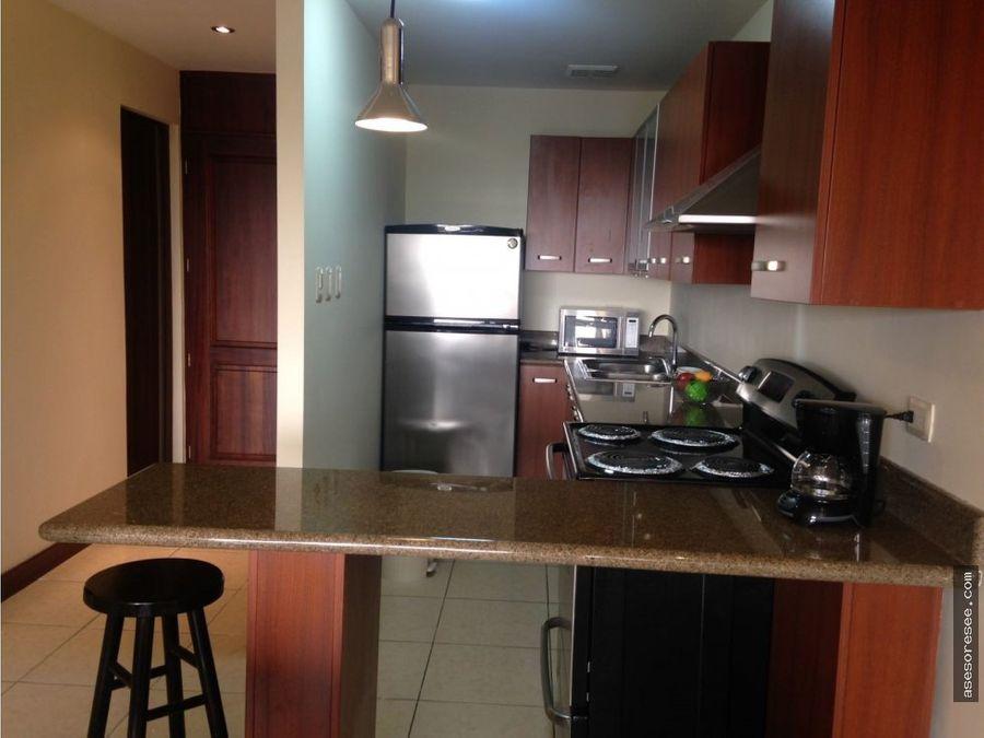 venta apartamento en zona 10 con inquilino