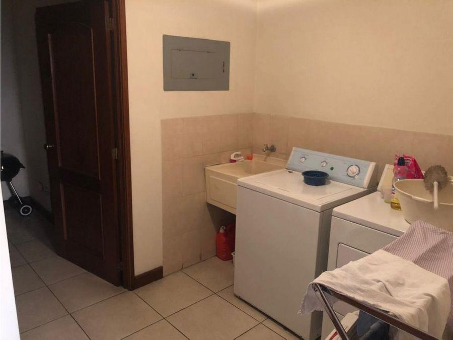 alquiler de apartamento en almeira zona 14