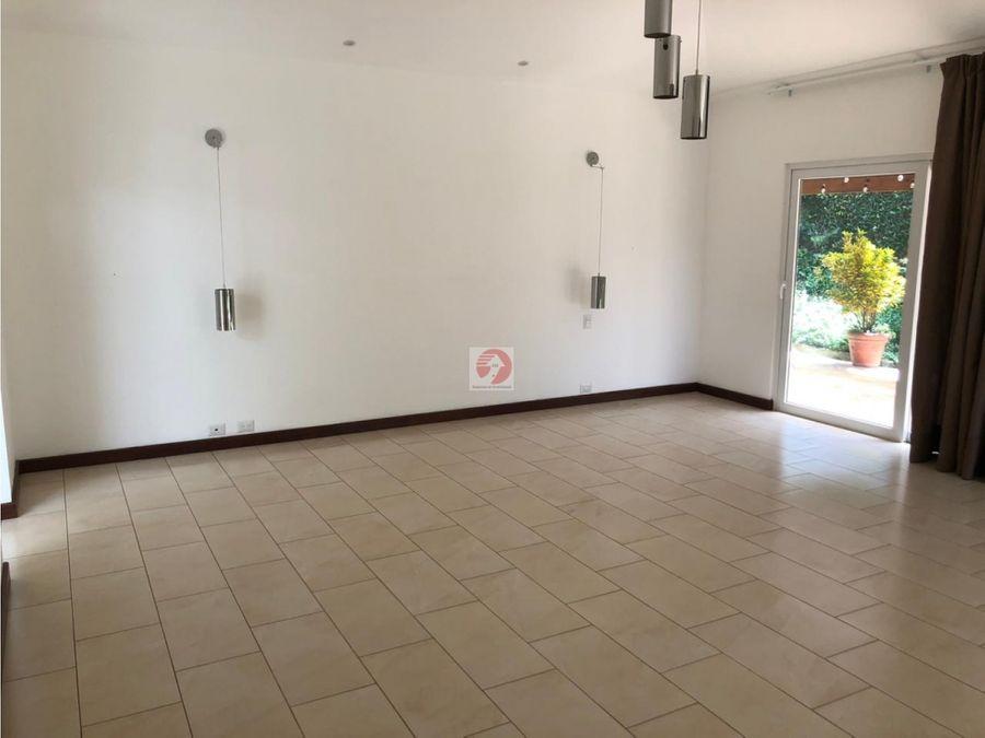 alquiler casa en condominio las luces caes km 135