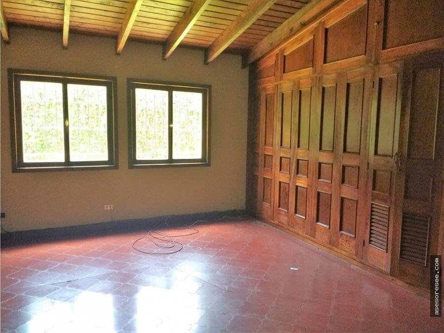 alquiler casa de un nivel en zona 10