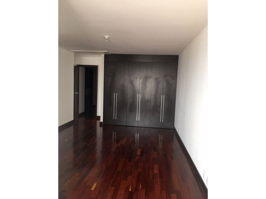 vendo apartamento en zona 14 sector exclusivo