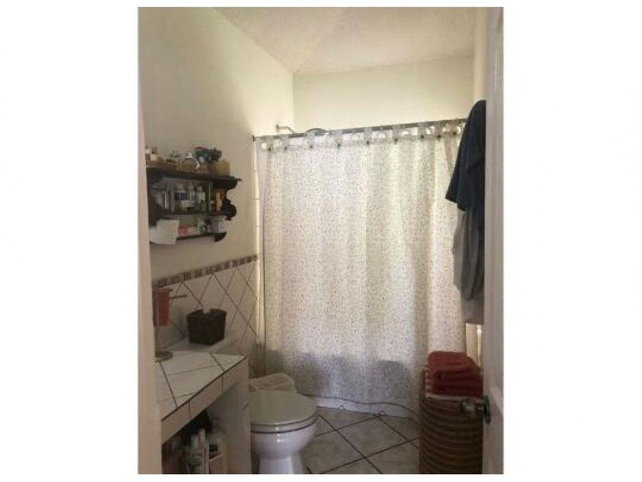 ganga dos casas en venta en condominio zona 16
