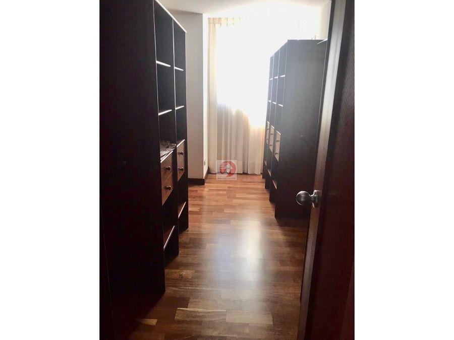 alquiler apartamento muy amplio con vista zona 14