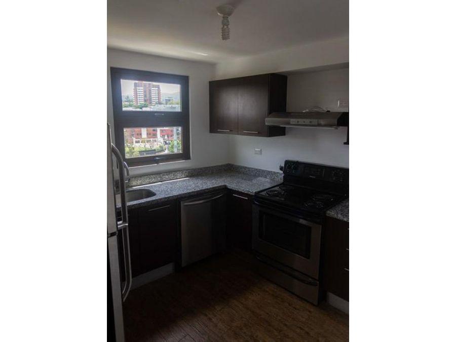 venta para inversion apartamento espacioso en zona 15