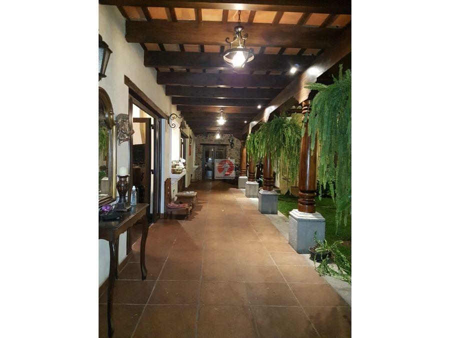 venta casa de 5 habitaciones en condominio antigua guatemala