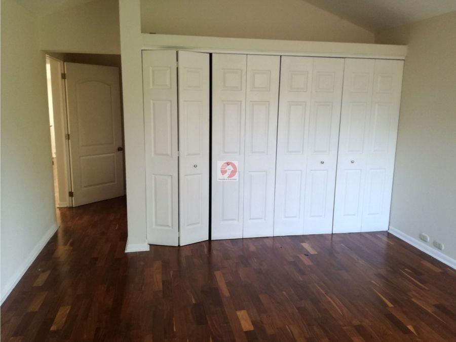 casa en condominio exclusivo en alquiler caes