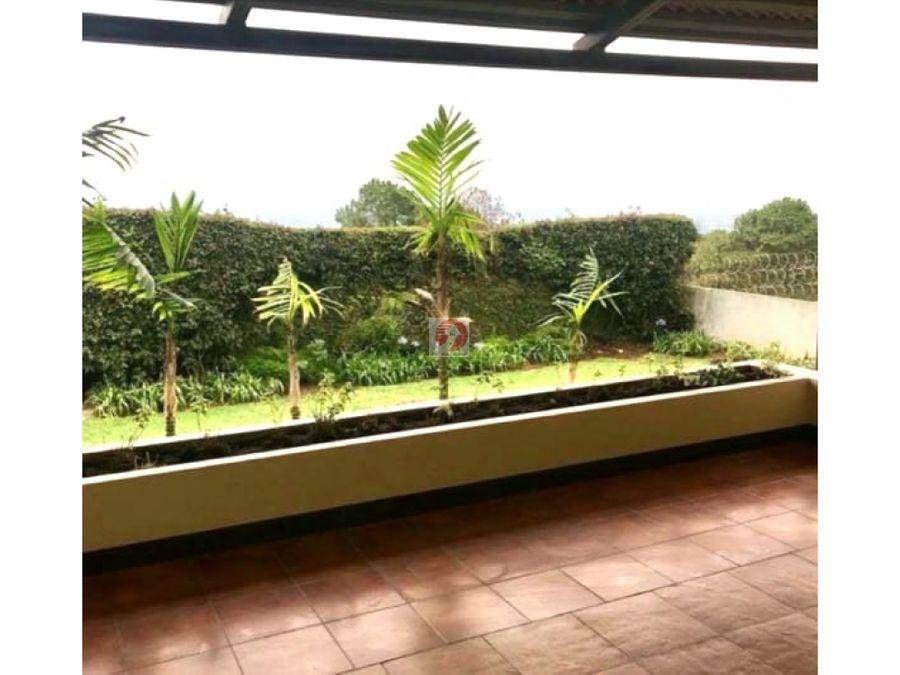casa en residencial con vista a la ciudad santa catarina pinula
