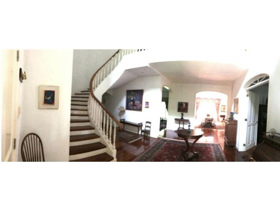 casa en venta dentro de condominio zona 16 exclusiva