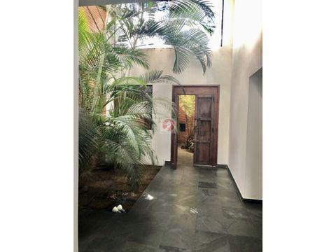 casa de 3 habitaciones en venta dentro de condominio zona 14