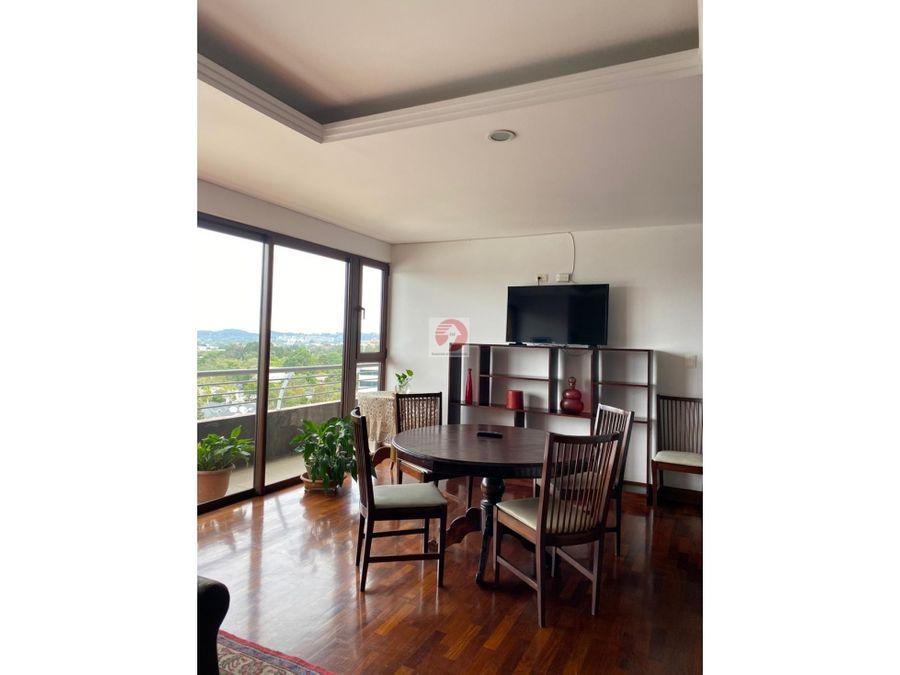 apartamento con vista preciosa y espacios amplios zona 10